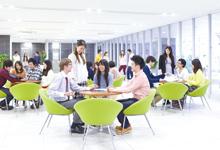 名古屋外語・ホテル・ブライダル専門学校